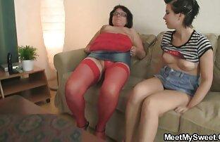 Roxy James auf gratis alte pornos der couch, Ihre Finger roten Hut