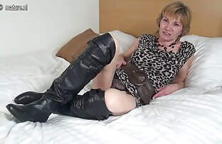 Schöne Blondine in pornofilme reife damen uniform,