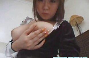 Mädchen streicheln mit den Fingern sexfilme mit reifen damen