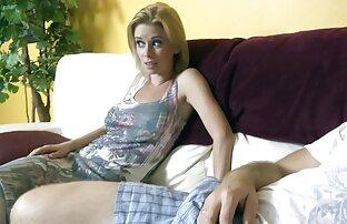 Annette reife ladies pornos Schwarz und Spielzeug spielen